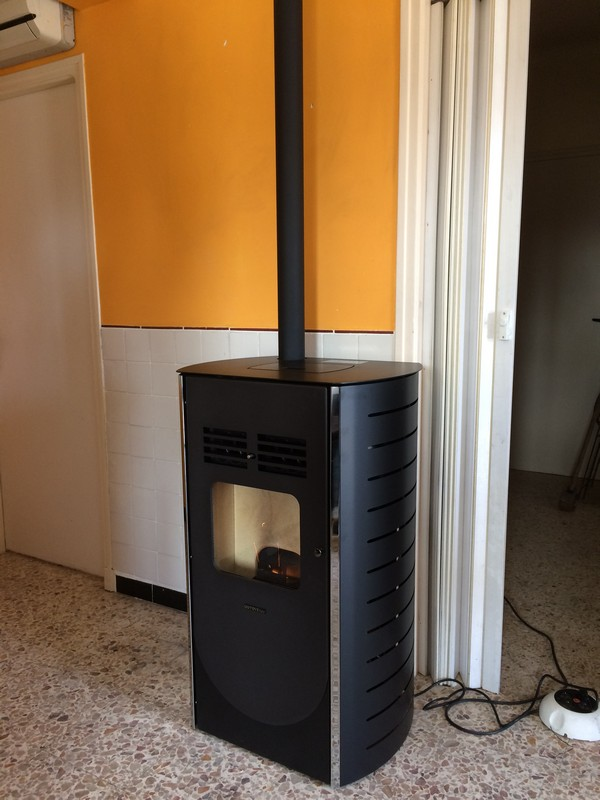 Stove Italy Duetto Isle sur Sorgues.jpg